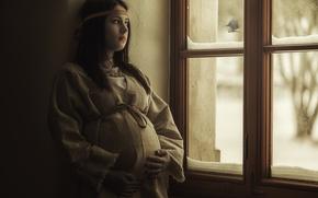 Картинка девушка, окно, птичка, синичка