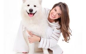 Картинка девушка, радость, улыбка, собака, хаски, свитер