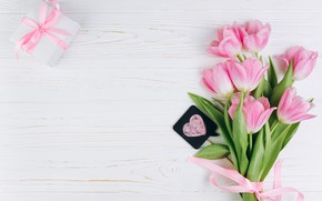 Картинка любовь, цветы, подарок, тюльпаны, love, розовые, fresh, heart, wood, pink, flowers, beautiful, romantic, tulips, gift, …