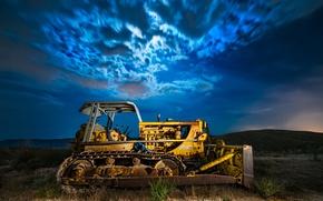 Картинка поле, ночь, трактор, бульдозер