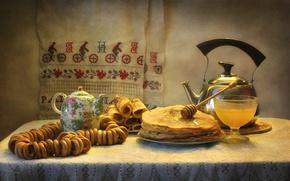 Картинка чайник, мед, блины, сушки