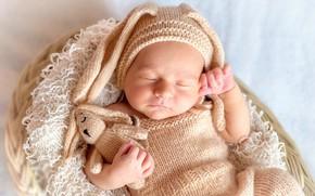 Картинка игрушка, ребенок, сон, малыш, костюм, спит, зайка, корзинка, шапочка, младенец, Новорожденный