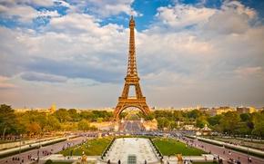 Обои облака, небо, площадь, люди, деревья, Эйфелева башня, дома, Париж, Франция