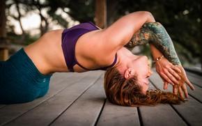 Картинка woman, tattoo, floor, yoga