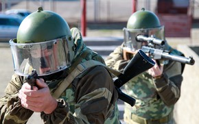 Обои оружие, спецназ, каска, шлем