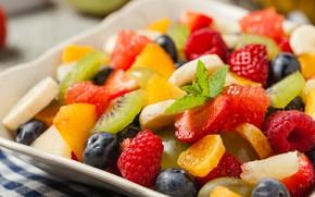Обои мята, клубника, фрукты, малина, ягоды, черника, салат, фруктовый, цитрус, киви