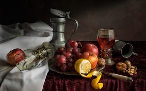 Картинка стол, лимон, яблоки, виноград, нож, стаканы, фрукты, орехи, натюрморт, скатерть, грецкие