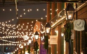 Обои украшения, город, огни, праздник, улица, Новый Год, Канада, Рождество, фонари, Онтарио, гирлянды