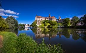 Картинка отражение, река, замок, Германия, Germany, Баден-Вюртемберг, Baden-Württemberg, Sigmaringen Castle, Danube River, Sigmaringen, река Дунай, Зигмарингене, …