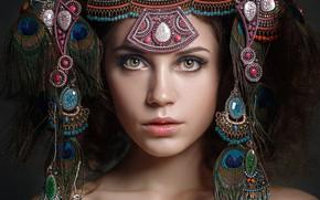 Обои Настасья Паршина, Ксения Кокорева, лицо, украшения, перья, портрет, взгляд, стиль