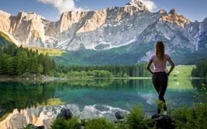 Картинка попка, девушка, пейзаж, горы, джинсы, Green Lemon
