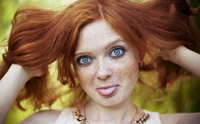 Обои woman, tongue, gestures, Redhead, freckles