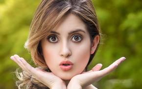 Картинка глаза, девушка, лицо, руки, стройная, губы, красивая, худая, Лора Марано, Laura Marano