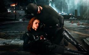 Обои art photographer, повязка, девушка, кровь, ранение, город, парень, оружие