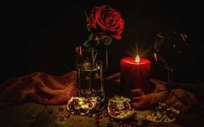 Обои роза, вино, бокал, гранат, свеча, натюрморт