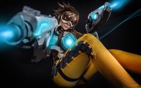 Картинка seifuku, armor, cosplay, Tracer, gun, uniform, girl, Overwatch, weapon, game