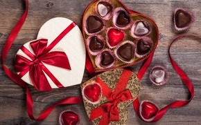 Картинка любовь, подарок, шоколад, конфеты, сердечки, сладости, love, wood, romantic, hearts, chocolate, Valentine's Day, gift, candy, …