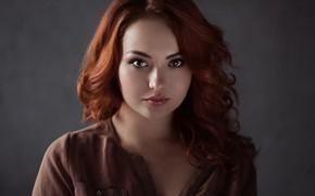 Картинка взгляд, девушка, фон, портрет, макияж, прическа, рыжая, красивая, боке