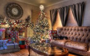Обои Рождество, новый год, елка, гостиная, часы, праздник, подарки, гирлянда, диван, собака