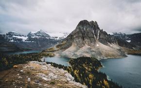Картинка осень, горы, человек, долина, Канада, леса, озёра