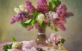 Картинка букет, весна, конфеты, ткань, ваза, сирень
