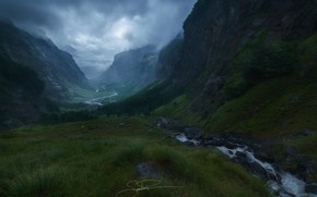 Картинка облака, горы, река, ручей, долина, дымка