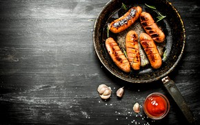 Картинка стол, еда, соус, специи, колбаски, Spices, гриль, Sausages, Chicken, Fried, Grill, Grilled