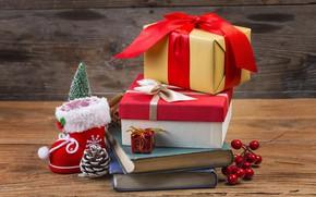 Картинка ягоды, праздник, игрушки, ель, подарки, Новый год, шишки, Книги