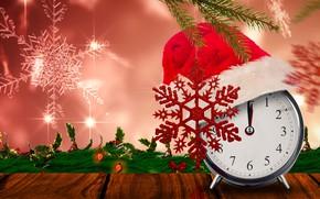 Картинка листья, снежинки, ветки, время, фон, праздник, шапка, часы, новый год, рождество, будильник, гирлянда, красная, полночь