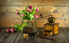 Картинка цветы, букет, тюльпаны, wood, кофейные зёрна, flowers, tulips, coffee, grains, кофемолка, grinder