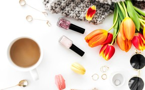 Картинка серьги, очки, тюльпаны, бутоны, лак