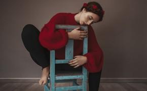 Картинка девушка, поза, стул