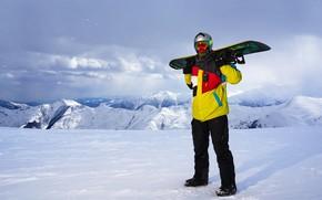 Картинка зима, солнце, облака, снег, пейзаж, горы, поза, сноуборд, очки, куртка, костюм, перчатки, шлем, спортсмен, мужчина, …