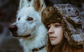 Картинка девушка, лицо, друг, собака, шапка-ушанка