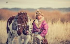 Картинка девушка, степь, лошадь, Монголия
