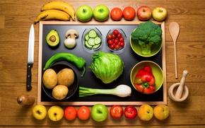 Обои лук, бананы, яблоки, фрукты, нож, натюрморт, огурцы, мандарины, персики, ложка, грибы, ступка, овощи, картошка, вид ...