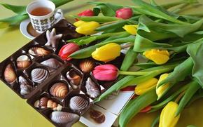 Картинка тюльпаны, чай, конфеты