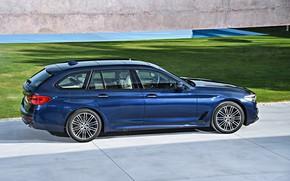 Картинка газон, BMW, стоянка, плиты, универсал, xDrive, Touring, 530d, 5er, тёмно-синий, 2017, 5-series, G31