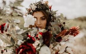 Картинка взгляд, девушка, цветы, венок