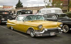 Обои Cadillac, классика, желтый