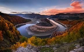 Картинка осень, облака, деревья, горы, река, скалы, холмы