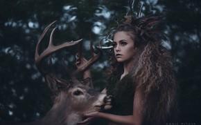 Картинка Annie Mitova, кудри, девушка, рога, Диана, олень