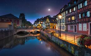 Обои звёзды, мостик, освещение, France, дома, Франция, город, луна, Colmar, канал, ночь, набережная, Кольмар, река