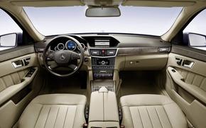 Картинка Mercedes-Benz, руль, сиденья, E-Class, приборная панель