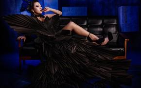 Картинка поза, стиль, ноги, модель, макияж, платье, туфли, азиатка