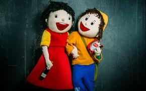 Картинка люди, бутылка, куклы