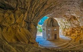 Картинка Италия, Марке, пещера Святого пристанища, храм Валадье