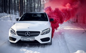 Обои зима, car, машина, авто, city, туман, гонка, сказка, тачка, red, mercedes, спорт кар, автомобиль, need ...