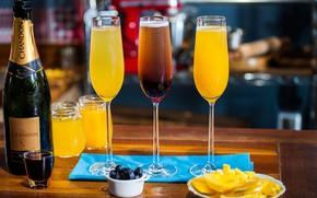 Картинка апельсин, бокалы, сок, шампанское, коктейли