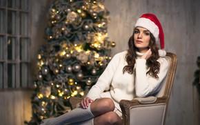 Картинка взгляд, девушка, праздник, новый год, макияж, сидит